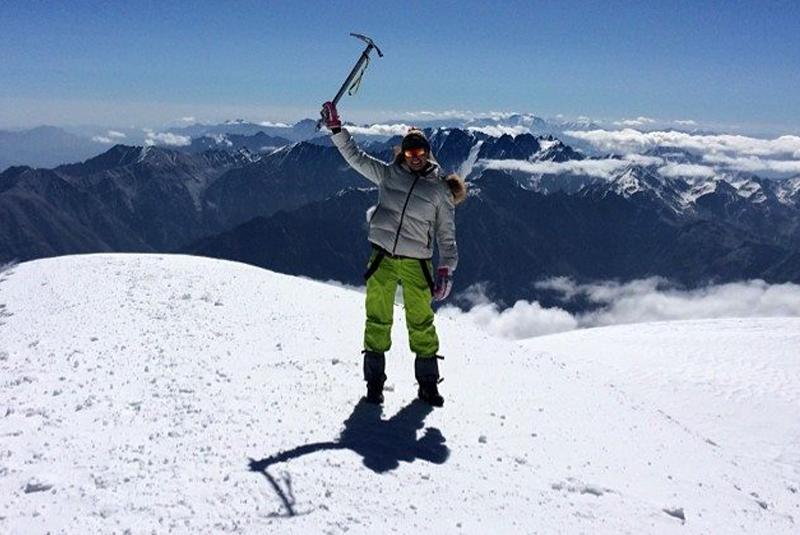 Дівчина з Мукачева може стати першою українкою, яка підкорила найвищу гору світу