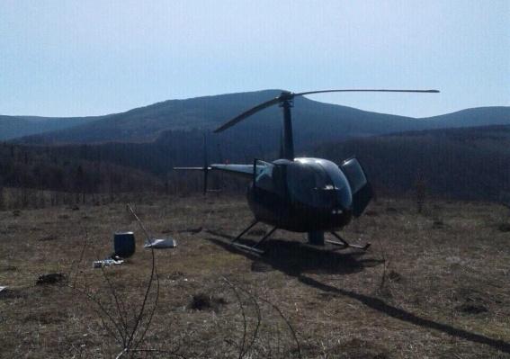 """У Пузняківцях, що на Мукачівщині, виявили """"нічийний"""" вертоліт"""