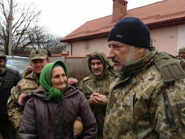 Глава Донеччини Павло Жебрівський зустрівся з бійцями 128-ої бригади
