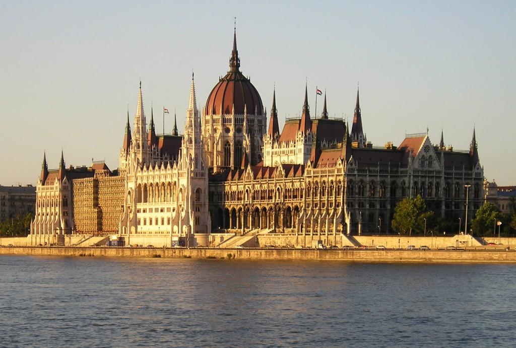 Йосип Борто виступив у Будапешті на Форумі угорських депутатів