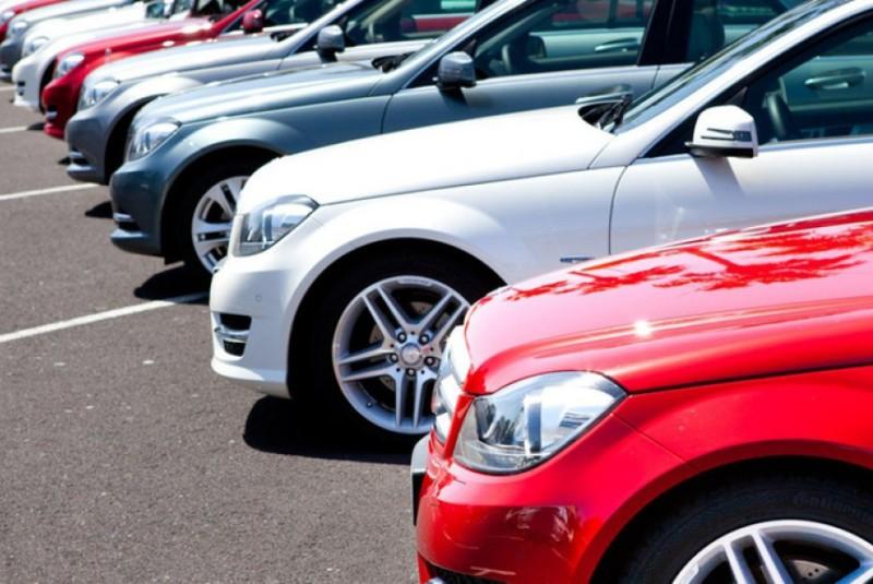 Ввізне мито на автомобілі скасують: на скільки реально подешевшають автівки
