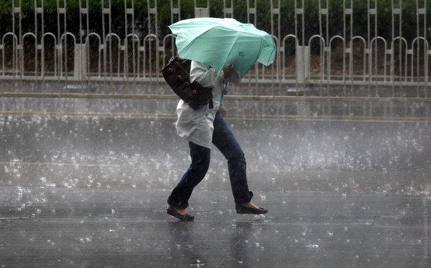 Штормове попередження: на Закарпатті через сильні зливи очікується підняття рівня води