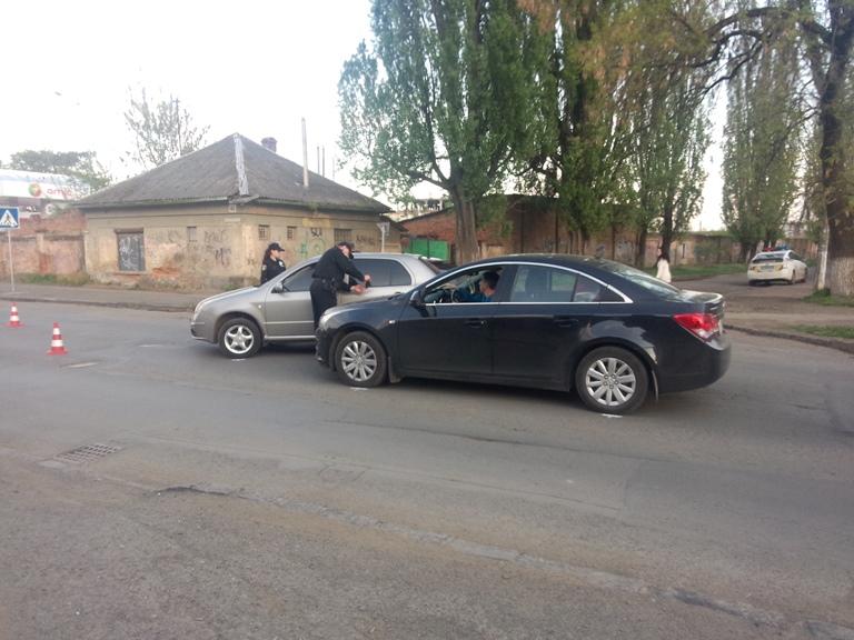 В Ужгороді сталась ДТП за участі двох іномарок