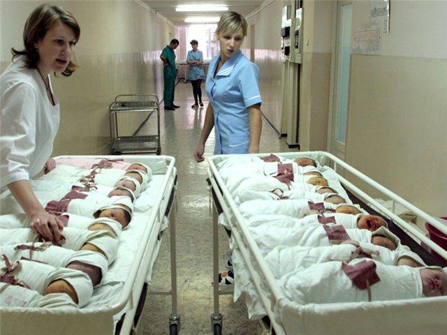 В області зросла кількість дітей, народжених поза шлюбом
