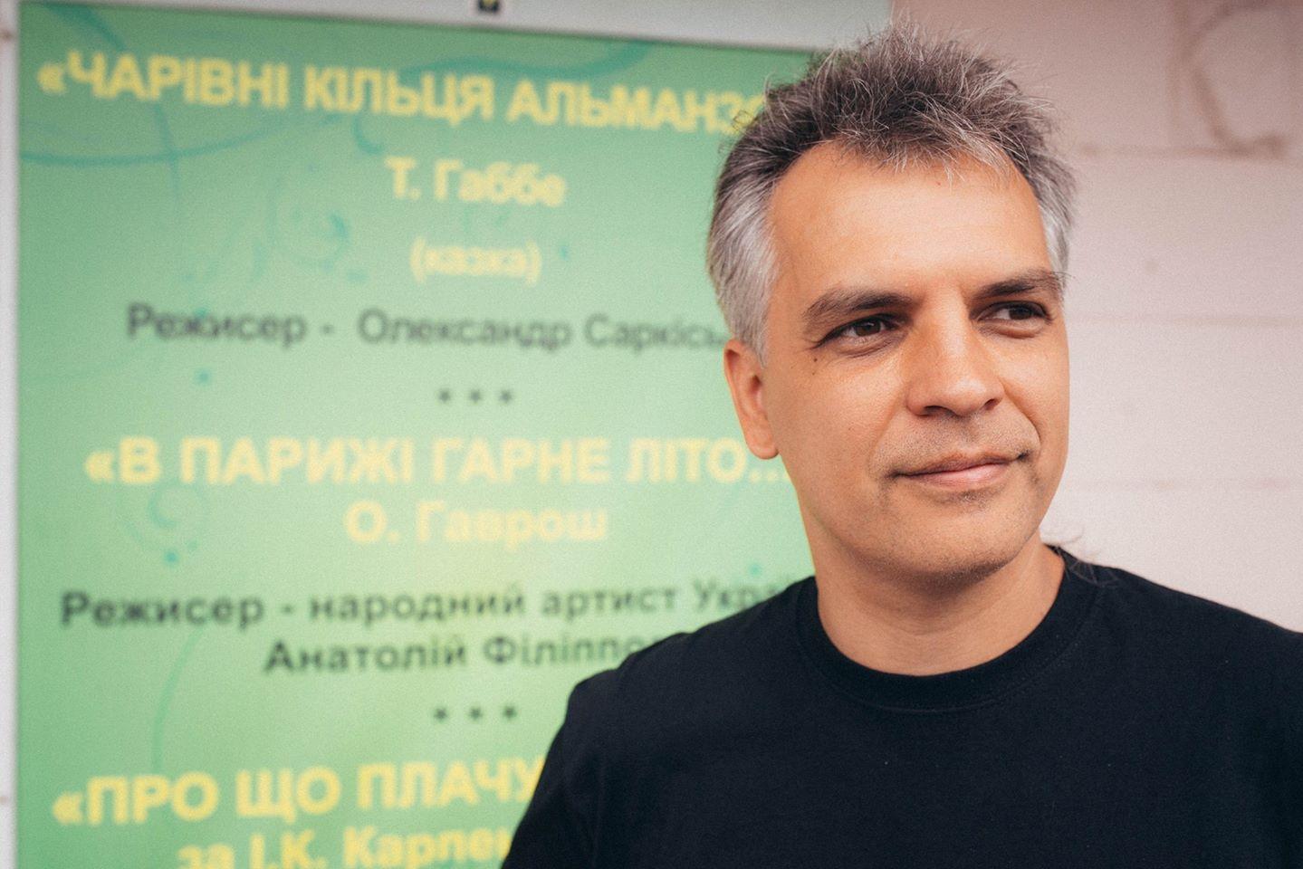 Письменник Олександр Гаврош вважає, що підозрюваного в отриманні хабара керівника облмуздрамтеатру підставили