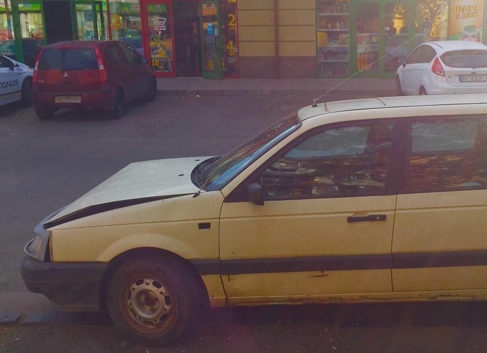 Водій, який скоїв ДТП в Ужгороді, зізнався патрульним, що є п'яним