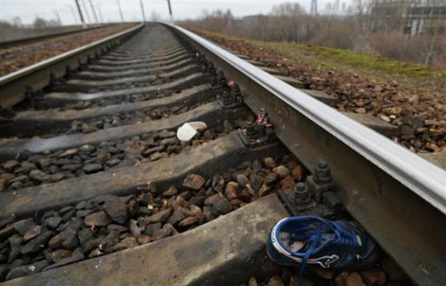 У Королеві на залізничній колії виявили понівечене тіло чоловіка без двох ніг