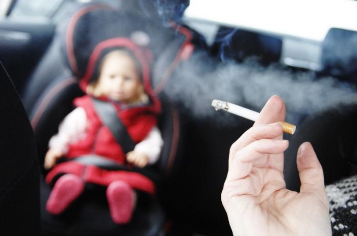 Більше 17% закарпатців мають шкідливу звичку палити