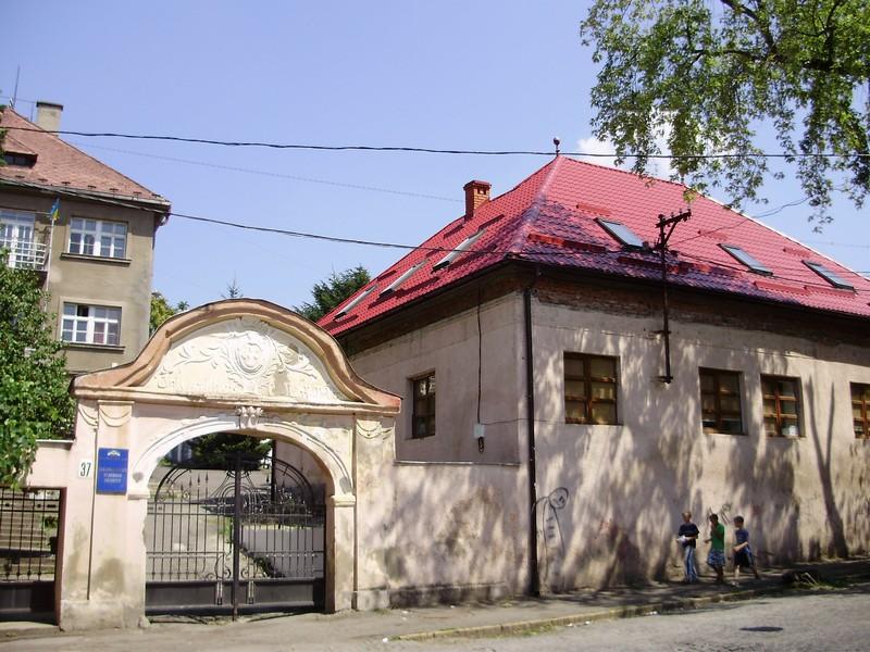 Закарпатський художній інститут став академією мистецтв