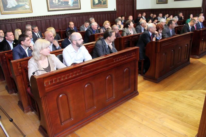 Одна із комісій Мукачівської міськради отримала більше повноважень