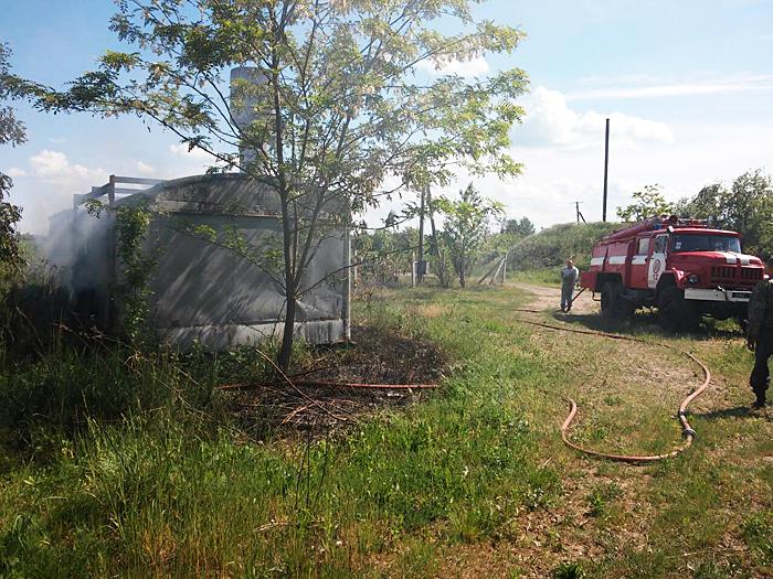 На Берегівщині вогонь пошкодив металевий контейнер