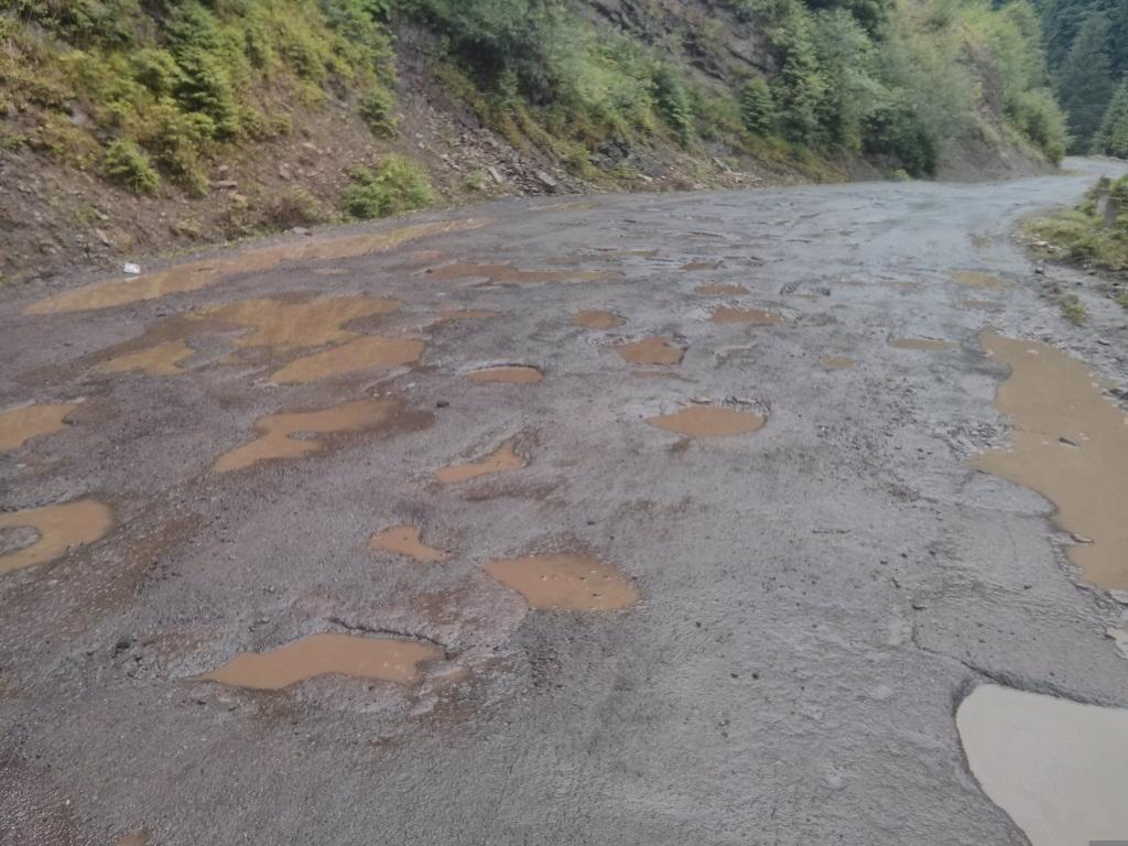 До однієї із туристичних родзинок Закарпаття відремонтують дорогу