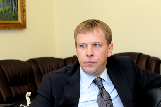 Геннадій Москаль порозумівся з народним депутатом Віталієм Хомутинніком