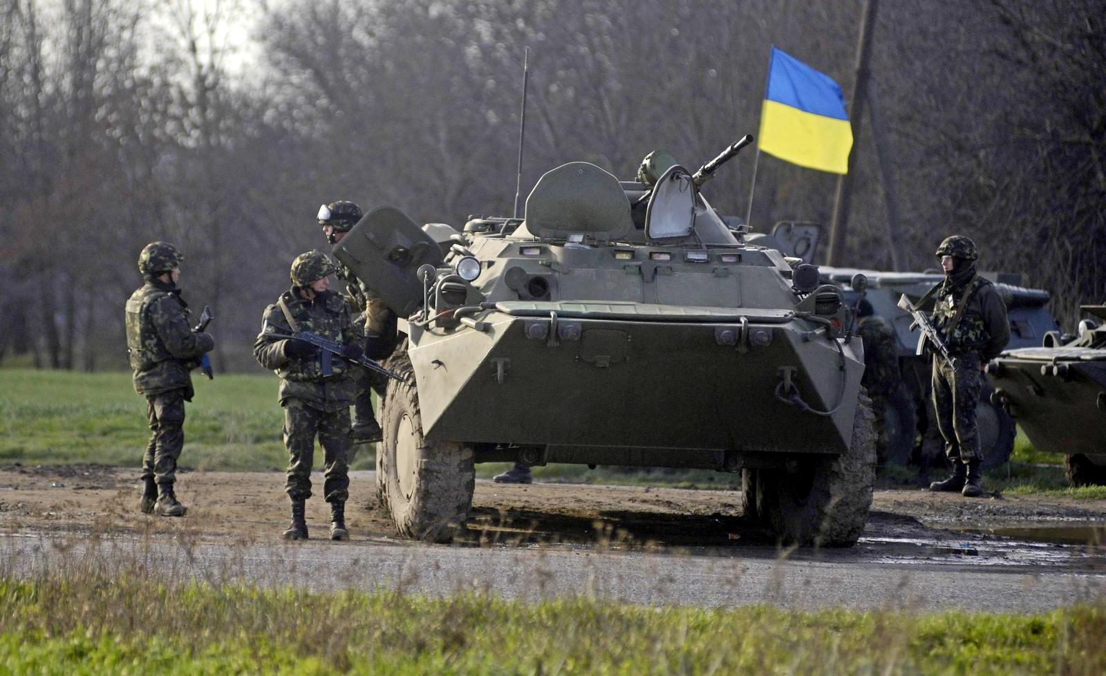 Закарпатців просять не лякатись колони військової техніки, яка їхатиме з Ужгорода в Мукачево