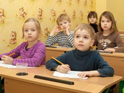 До перших класів мукачівських шкіл зараховано 90 дітей