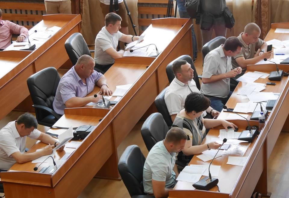 Ужгородські депутати передали поліції Закарпаття чотири нежитлові приміщення