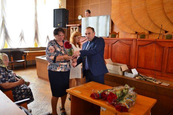 На Тячівщині нагородили матерів-героїнь