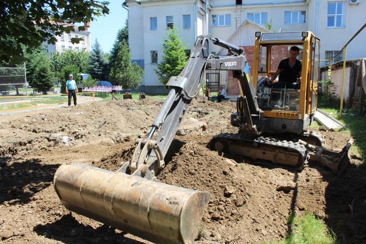 На реконструкцію гімназії у Мукачеві виділено півтора мільйони гривень