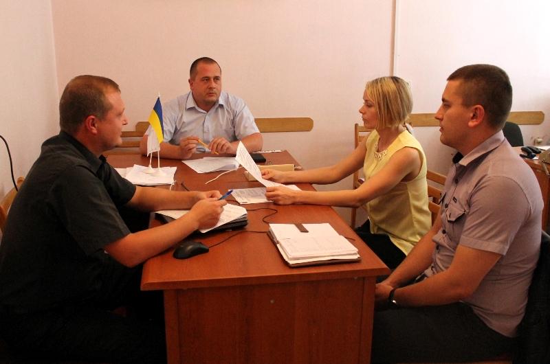 На Виноградівщині обговорили питання підготовки до виборів Веряцького сільського голови