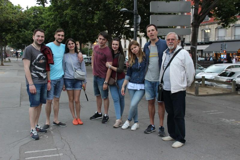 Вболівальники збірної України у Ліоні прогнозують розгромну перемогу синьо-жовтої команди