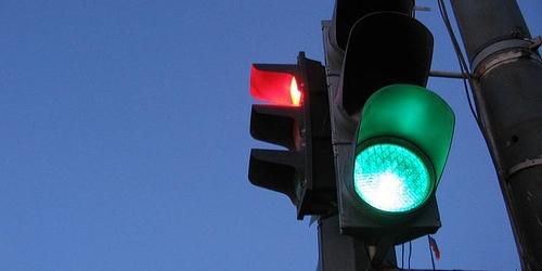 В Ужгороді відновили роботу два нові світлофори