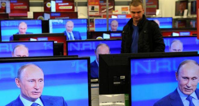 Кількість закарпатських заробітчан в Росії зашкалює і всі вони дивляться російське телебачення, – Гринів