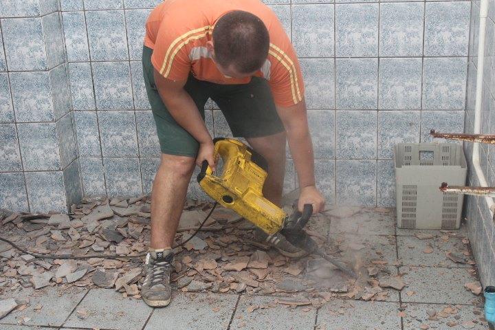 У Мукачівській ЗОШ №7 розпочався ремонт системи водопостачання