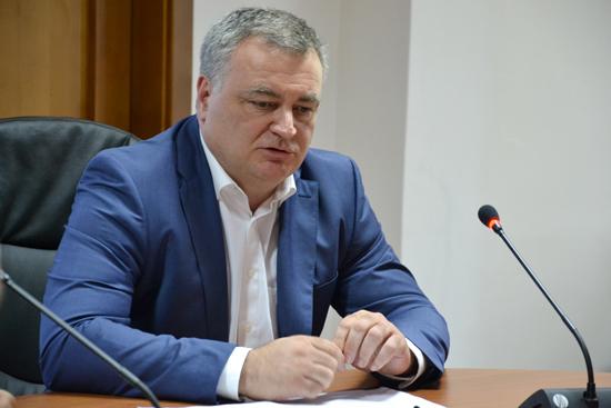 Ректор УжНУ Володимир Смоланка прокоментував затримання декана-хабарника