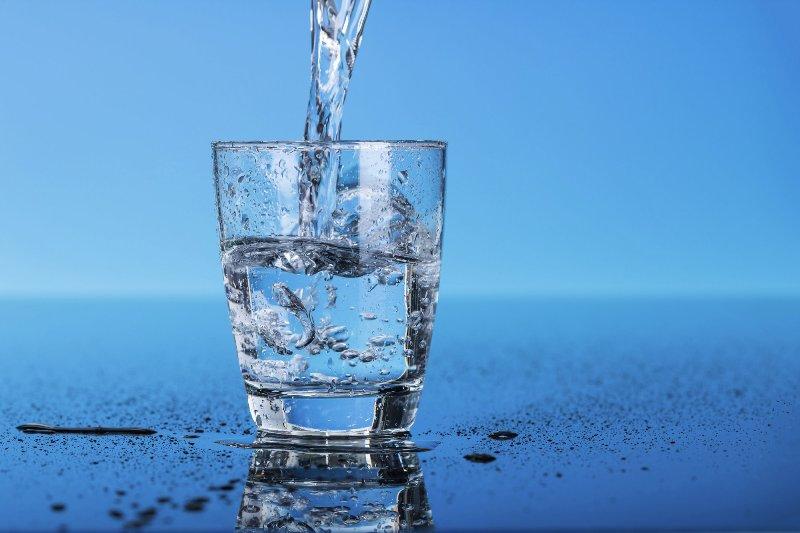 """""""Поляна Срібна"""" – вода для довголіття"""