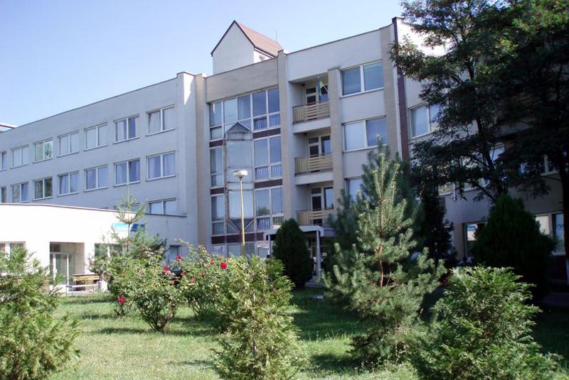 Могла померти ще одна породілля: нові подробиці скандалу в пологовому будинку Ужгорода