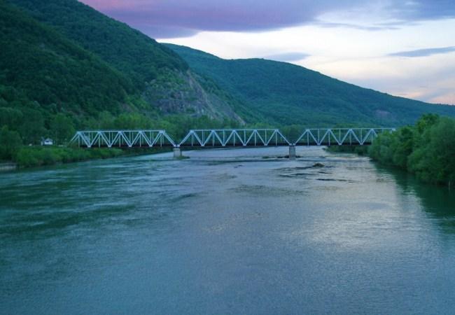 Експерти з ЄС приїдуть на Закарпаття для вивчення забруднення річки Тиса