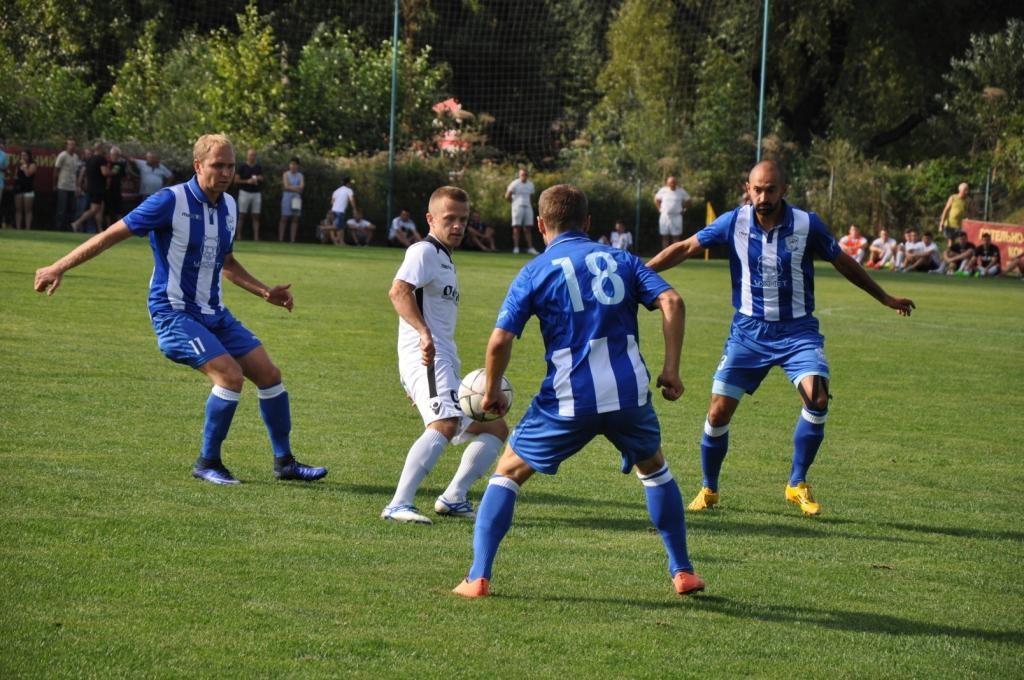 На Закарпатті відбулись матчі 13-го та 15-го турів чемпіонату Закарпаття з футболу