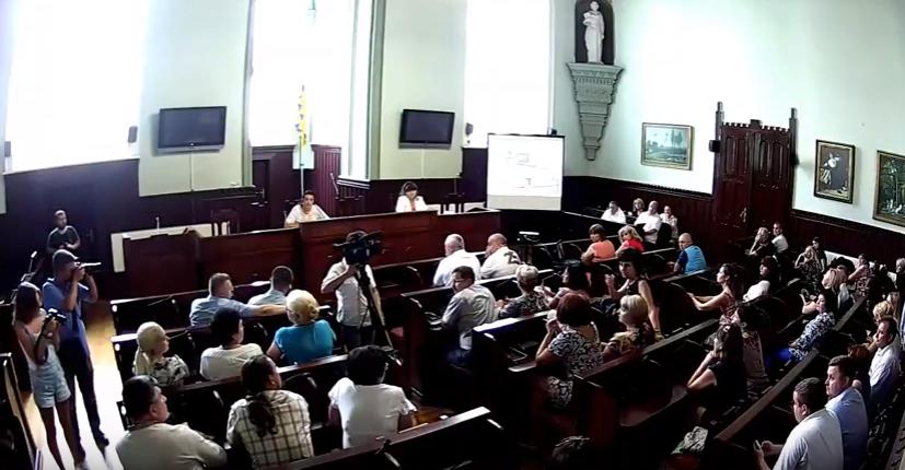 У Мукачеві проходять громадські слухання щодо розвитку позашкільної освіти