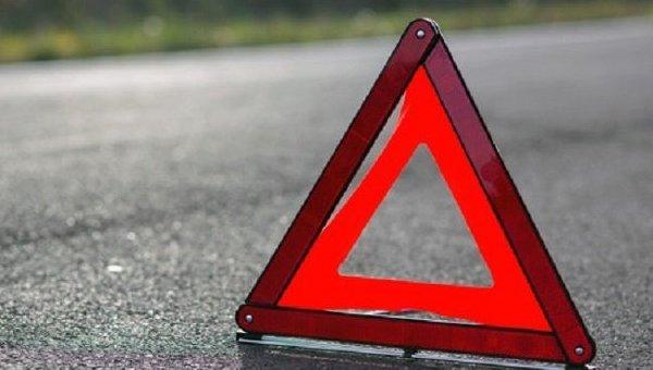 На Берегівщині джип влетів у торговий кіоск. Двоє жінок потрапили у лікарню