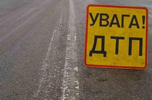 """У розбитому рейсовому автобусі """"Мукачево – Бабичі"""" постраждало двоє людей"""