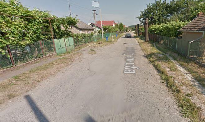 47 вулиць в Ужгороді досі не мають асфальто-бетонного покриття