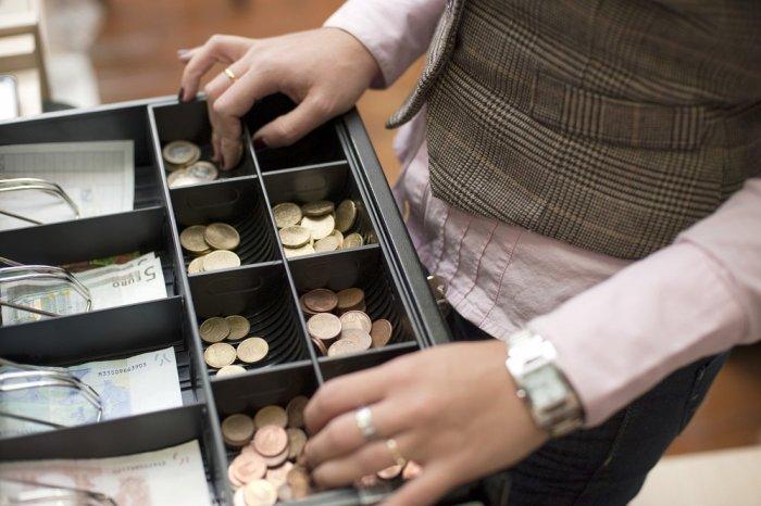 На ГІДі грабіжник обчистив продавчиню на 4 тисячі гривень