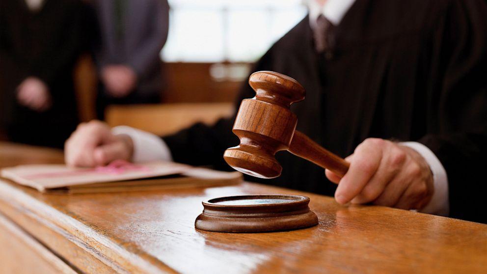 Суд обрав запобіжний захід для 78-річного священика, який насмерть збив трьох закарпаток
