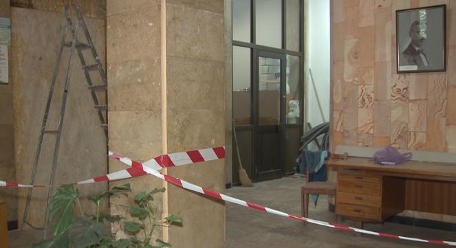 В Ужгородській мерії затіяли ремонт