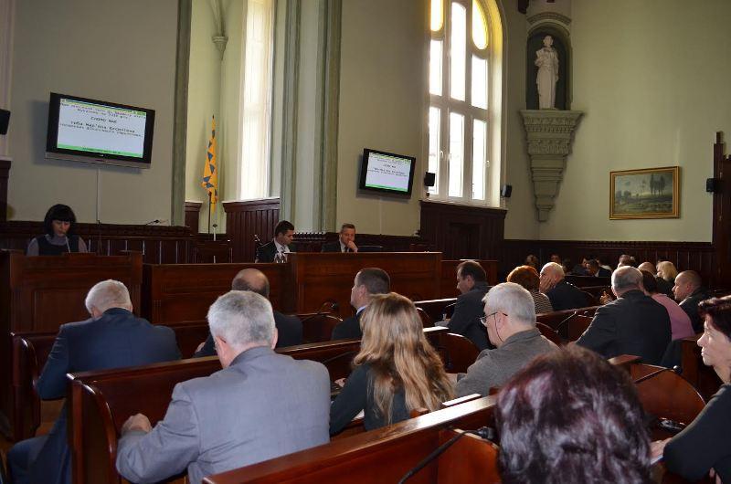 228 учасників АТО отримали у Мукачеві земельні ділянки по 6 сотин кожен
