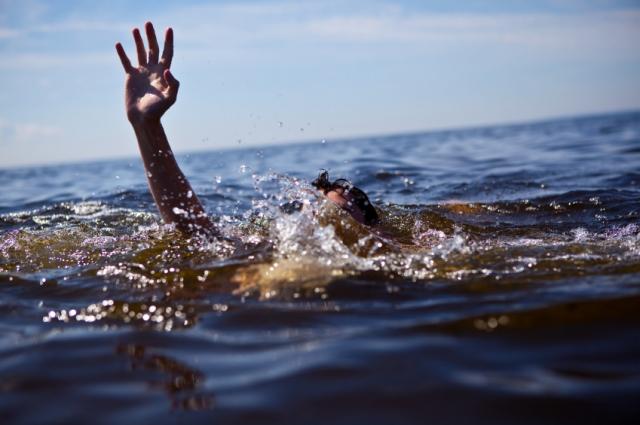 На Тячівщині у річці знайшли труп людини з рваною раною на голові