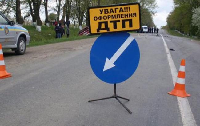 """У Берегівському районі водій """"Жигулів"""" травмував 81-річну пенсіонерку"""