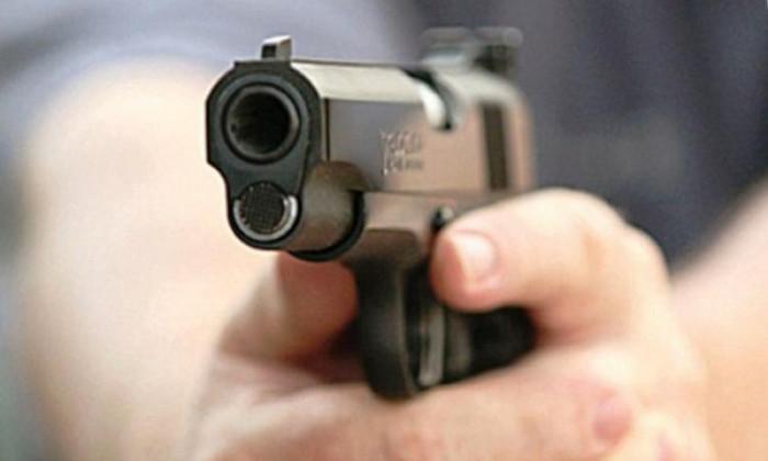 В Ужгороді патрульні застосували зброю задля затримання нетверезих водія та пасажира іномарки