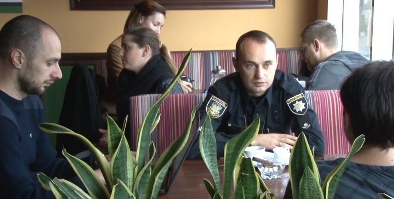 Важливі теми з поліцейськими обговорили за чашкою кави