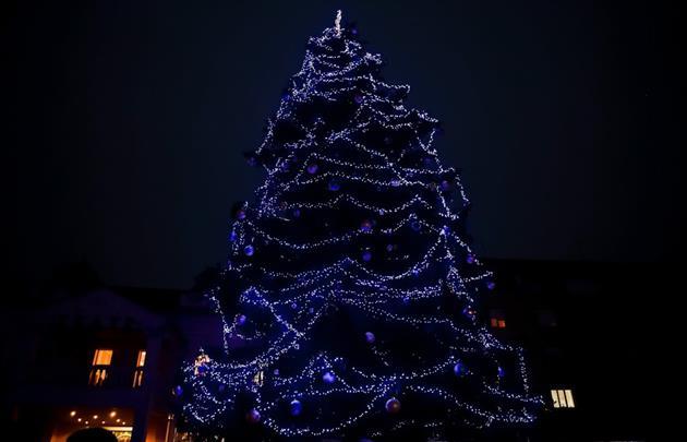 Стало відомо, скільки днів закарпатці відпочиватимуть на новорічно-різдвяні свята