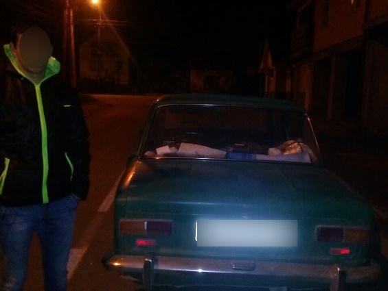 У водія та пасажира авто поліція виявила наркотики
