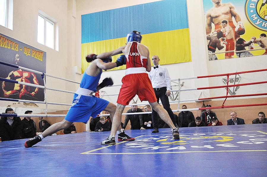 У Мукачеві відбувся чемпіонат області з боксу