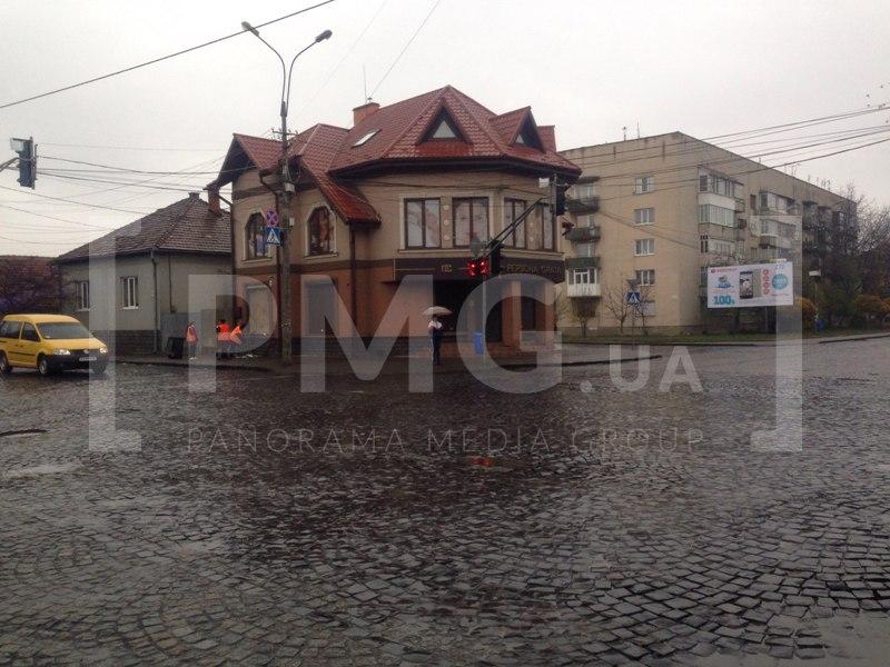 Цієї ночі в Мукачеві пограбували салон елітного хутра