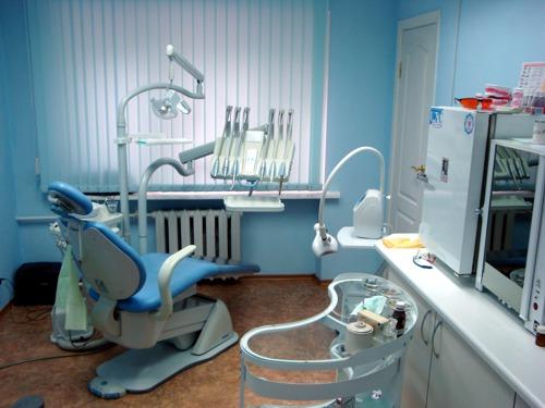 У Рахові обікрали клініку сімейної стоматології