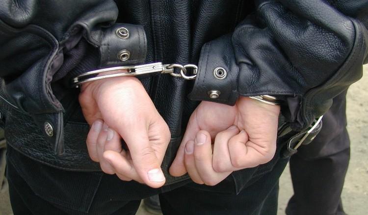 Затримано двох зловмисників, які в Ужгороді на вулиці побили перехожого